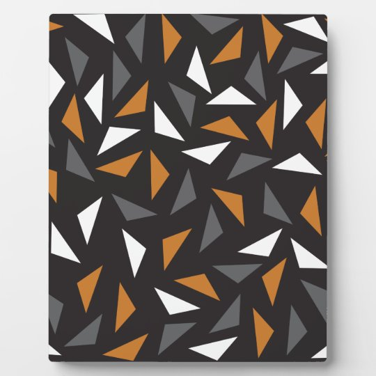 Animated triangles display plaque