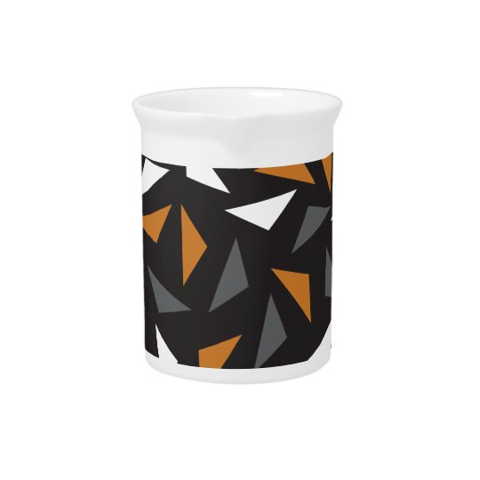 Animated triangles drink pitcher