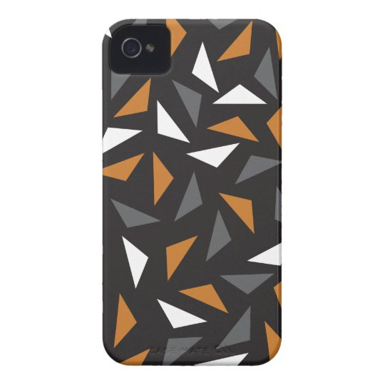 Animated triangles iPhone 4 covers