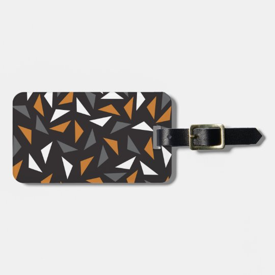 Animated triangles luggage tag