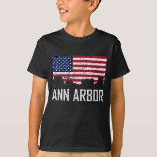 Ann Arbor Michigan Skyline American Flag Distresse T-Shirt