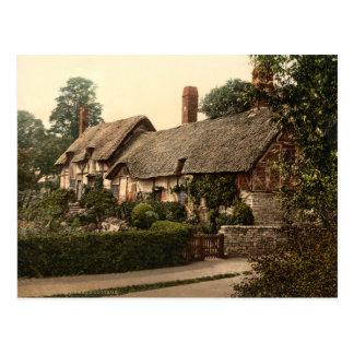 Ann Hathaway's Cottage, Stratford-on-Avon, England Postcard