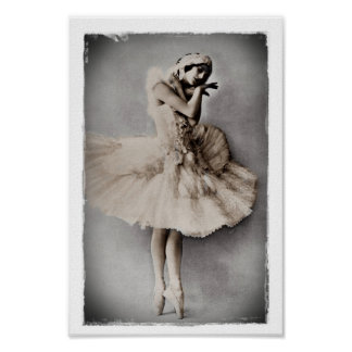 Anna Pavlova Posed en Pointe Poster