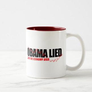 Anti-Obama T-shirt - Obama lied and the economy di Two-Tone Mug