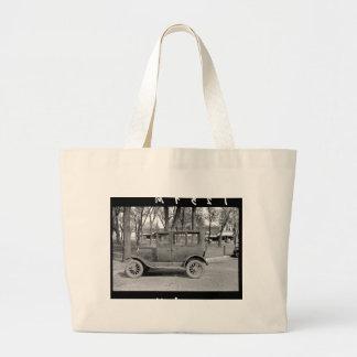 Antique Car Tote Bags