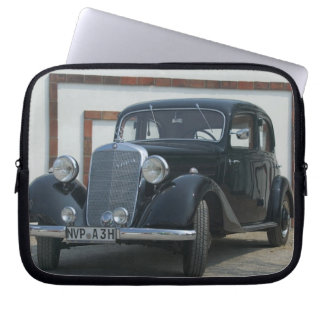 antique mercedes 3 laptop computer sleeves