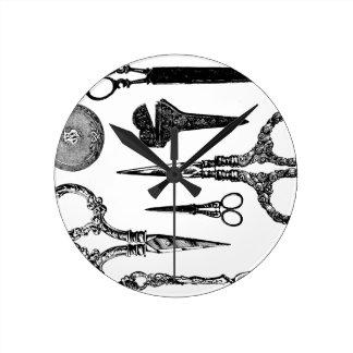 Antique Scissors Vignette Wallclocks