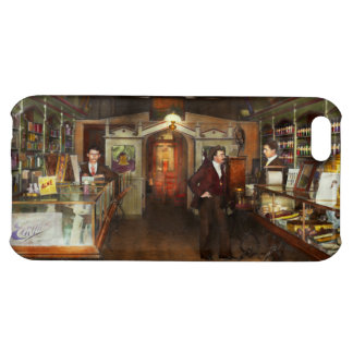 Apothecary - Spell books and Potions 1913 iPhone 5C Case