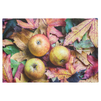 Apples and autumn leaves doormat