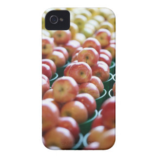 Apples at a market stall iPhone 4 cover
