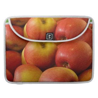 Apples yummy MacBook pro sleeve