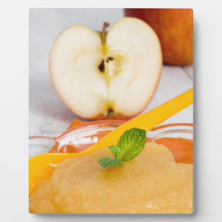 Applesauce with cinnamon and orange spoon plaques