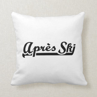 Apres ski throw pillow