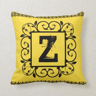 Arabesque cushion Black Letter 40,6 cm x 40,6 cm