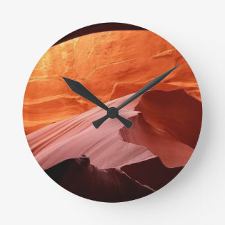 Arch Collection Round Clock