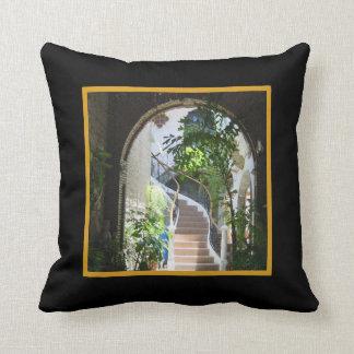 Arch in Antigua Cushion