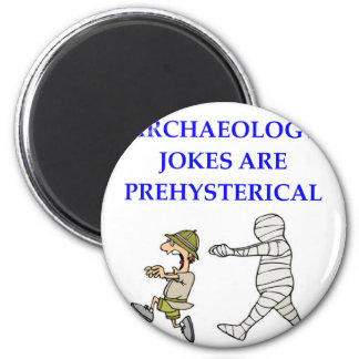 archaeology 6 cm round magnet
