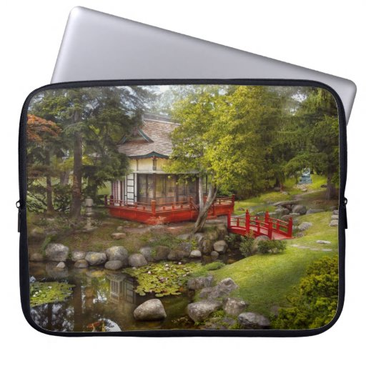 Architecture - Japan - Tranquil moments Computer Sleeve