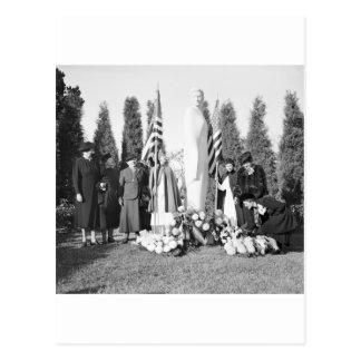 Arlington Memorial to Nurses: 1938 Postcard