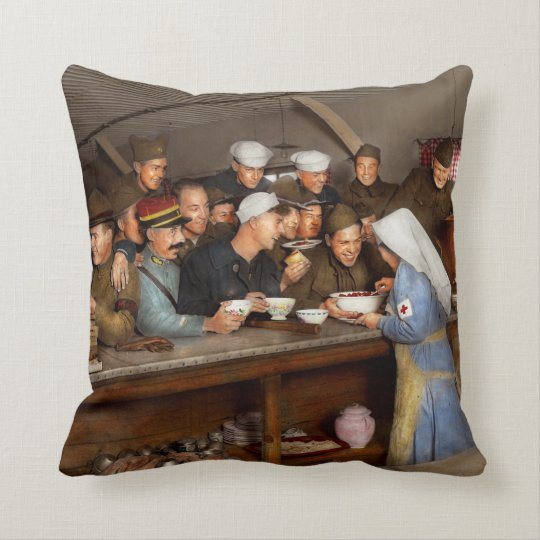 Army - War buddies 1918 Cushion