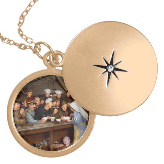 Army - War buddies 1918 Locket Necklace