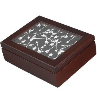 Arrows Scattered / Grey White / Andrea Lauren Memory Box