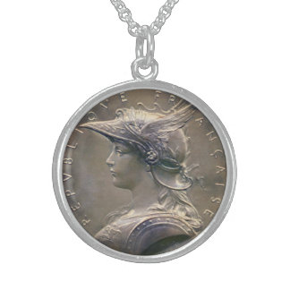 Art Nouveau French Medallion Round Pendant Necklace