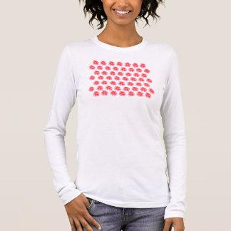 Art Top: Classic Pink Daisy. Pink. Long Sleeve Long Sleeve T-Shirt