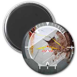 artificial horizon - battle damaged used look magnet