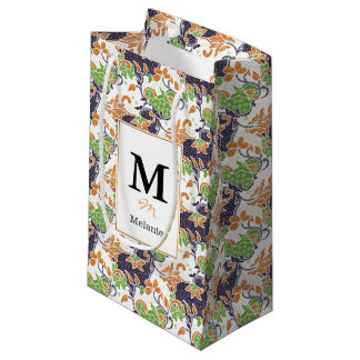 Artistic floral vines batik pattern small gift bag