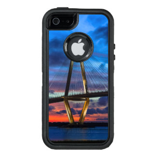 As The Lights Come One OtterBox iPhone 5/5s/SE Case