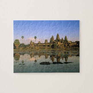 Asia, Cambodia, Siem Reap. Angkor Wat. 2 Puzzle