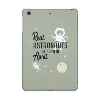 Astronauts are born in April Zg6v6