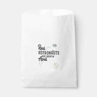 Astronauts are born in April Zg6v6 Favour Bag