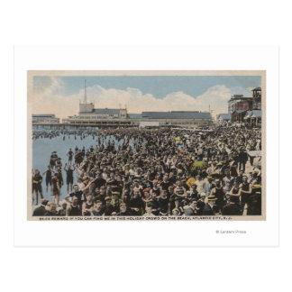 Atlantic City, NJ - Holiday Crowd at the Beach Postcard