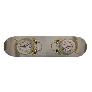 Attractive Alarm clock 18.1 Cm Old School Skateboard Deck