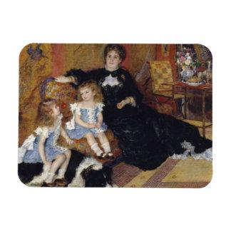 Auguste Renoir - Madame Georges Charpentier Magnet