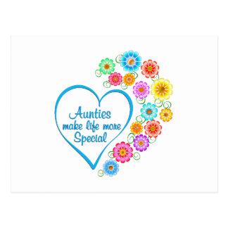 Auntie Special Heart Postcard