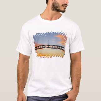 Australia, Queensland, Gold Coast, Sunrise, T-Shirt
