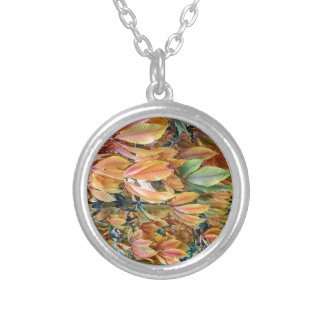 Autum Leafs Round Pendant Necklace