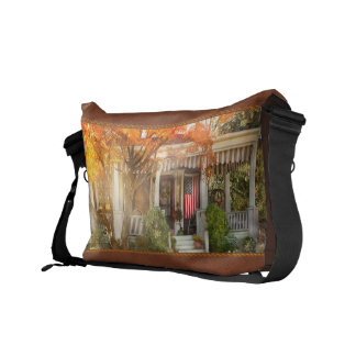 Autumn - Home is where your story begins Courier Bag