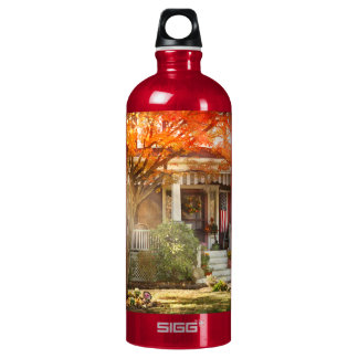 Autumn - Home is where your story begins Water Bottle