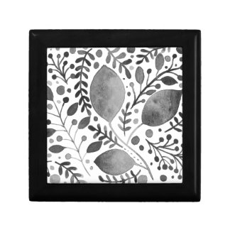 Autumn leafs - black and white gift box