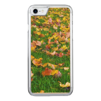 Autumn Leaves in the Green Grass Carved iPhone 7 Case