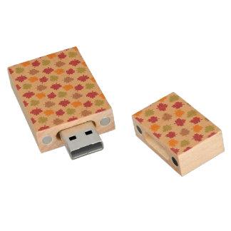 Autumn Leaves Pattern Wood USB 2.0 Flash Drive