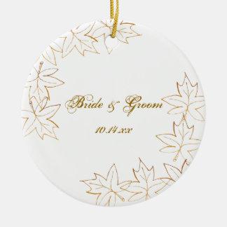 Autumn Maple Leaf Edge Wedding Round Ceramic Decoration