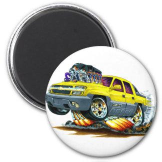 Avalanche Yellow Truck 6 Cm Round Magnet
