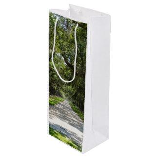 Avenue Of Oaks Wine Gift Bag