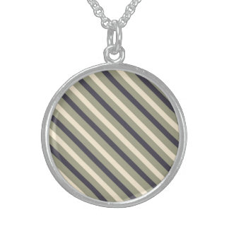 Awesome Grandiose Cool Magnificent Round Pendant Necklace