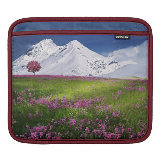Awesome PInk Mountain Flowers iPad Sleeve